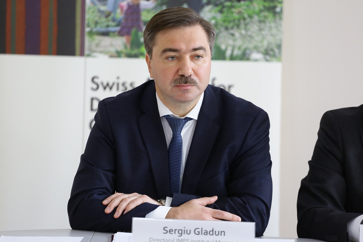Sergiu Gladun, Directorul Institutului Mamei și al Copilului