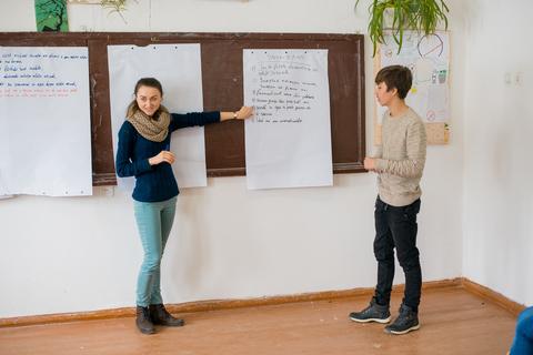 Lecția de educație sexuală la Gimnaziul din s.Vânători.