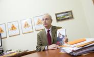 Ian McFarlane, UNFPA Representative in Moldova discussing SWOP 2015 results
